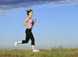 לרוץ, לרכוב, להתעמל, לשחות. ולא חשוב הסדר