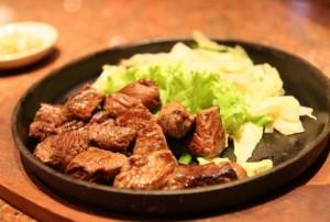 דיאטת אטקינס מתירה אכילת שומנים ובשר ללא הגבלה