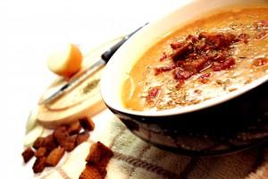 מרק שעועית טחונה עם עוף:  בריא ובעל ערך גליקמי גבוה