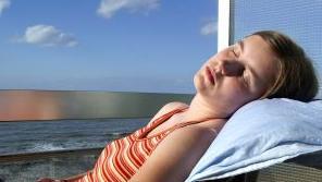 מסתבר ששינה טובה משפיעה על הדיאטה שלנו