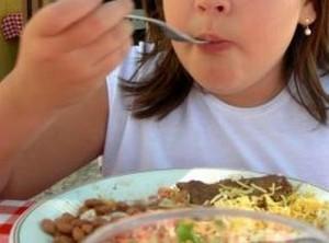 קיים קושי בהתמודדות עם הפרעות אכילה, הנובע מהכחשה, בושה ובורות.